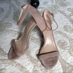 Essex Lane El-Moira Suede Sandals Light Tan 9 EUC